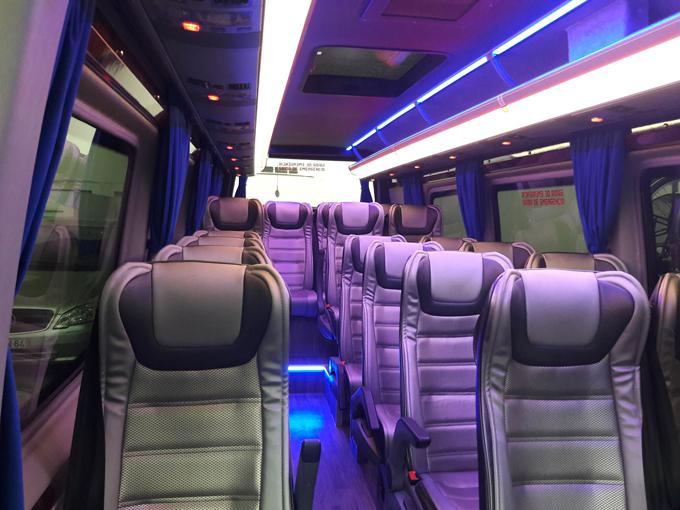 interior-mini-bus-mercedes-WEB-680